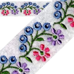 Continuous Floral Embroidery Design