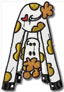 Critters Giraffe Embroidery Design